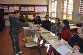 Zonguldak'ta oy verme işlemi başladı