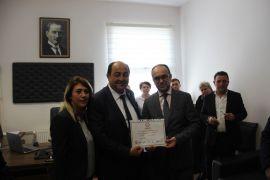 Demirtaş, Başol ve Belediye Meclis Üyeleri mazbatalarını aldı