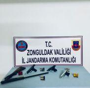 Kurusıkı tabancaları gerçeğine çeviren kişiler yakalandı