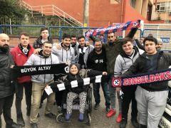 Engelleri İşçi Milli Takımı ve futbolla aşıyor