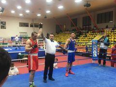 Zonguldaklı boksör madalya maçını kıl payı kaybetti