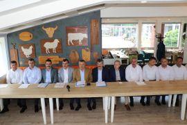 AK Parti İl Yönetimi ve milletvekilleri 1 yılı değerlendirdi