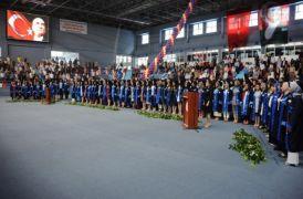 BEÜ mezunları mesleklerine ilk adımı attı