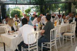 Devrekliler Yüzbaşı Koparan'nın veda yemeğinde bir araya geldiler