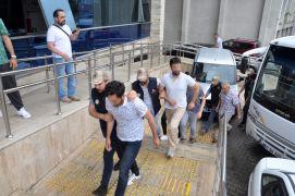 FETÖ'dan gözaltına alınan öğretmen, polis ve doktorlar adliyeye sevk edildi