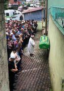 Kaçak ocakta ölen genç işçi son yolculuğuna uğurlandı