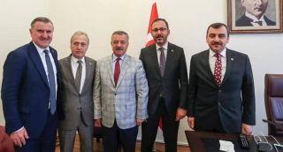 Bakan Kasapoğlun'dan Kömürspor'a tesis sözü