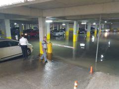 Devrek'te şiddetli yağış su baskınlarına neden oldu