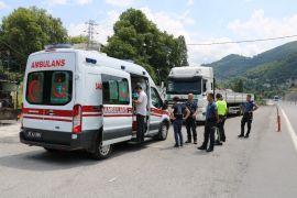 Direksiyon başında baygınlık geçirince polis kontrol noktasına sığındı