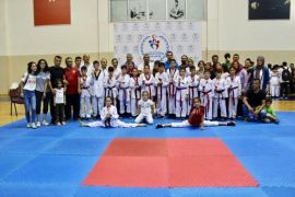 Kdz. Ereğli'de 6 Taekwondo'cu milli takım seçmelerine katılacak