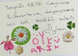 Öykü Arin ve anne Eylem Şen Yazıcı'dan teşekkür kartı