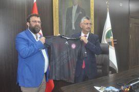 Zonguldak Kömürspor destek için Vali Erdoğan Bektaş'ı ziyaret etti