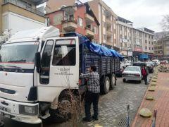 """""""İdlib İçin Yolun İyilik Olsun"""" yardım kamyonları Çaycuma'dan yola çıktı"""