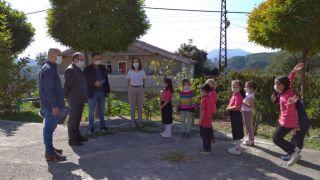 ZBEÜ'den köy okulu öğrencilerine yardım