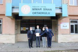 İlçe Milli Eğitim Müdürü Baş okullara ziyarette bulundu