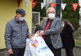Kdz. Ereğli Belediyesi'nden bin çocuğa giysi yardımı