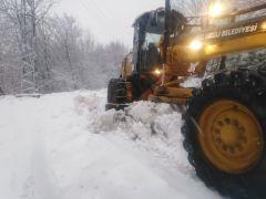 Ekipler kar yağışına karşı teyakkuzda