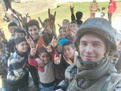 Ereğlili asker Suriyeli çocuklar için çağrı yaptı
